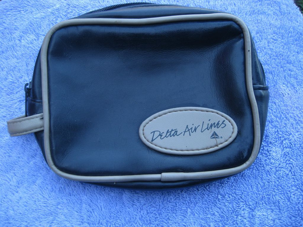 Delta Air Lines Small Bag