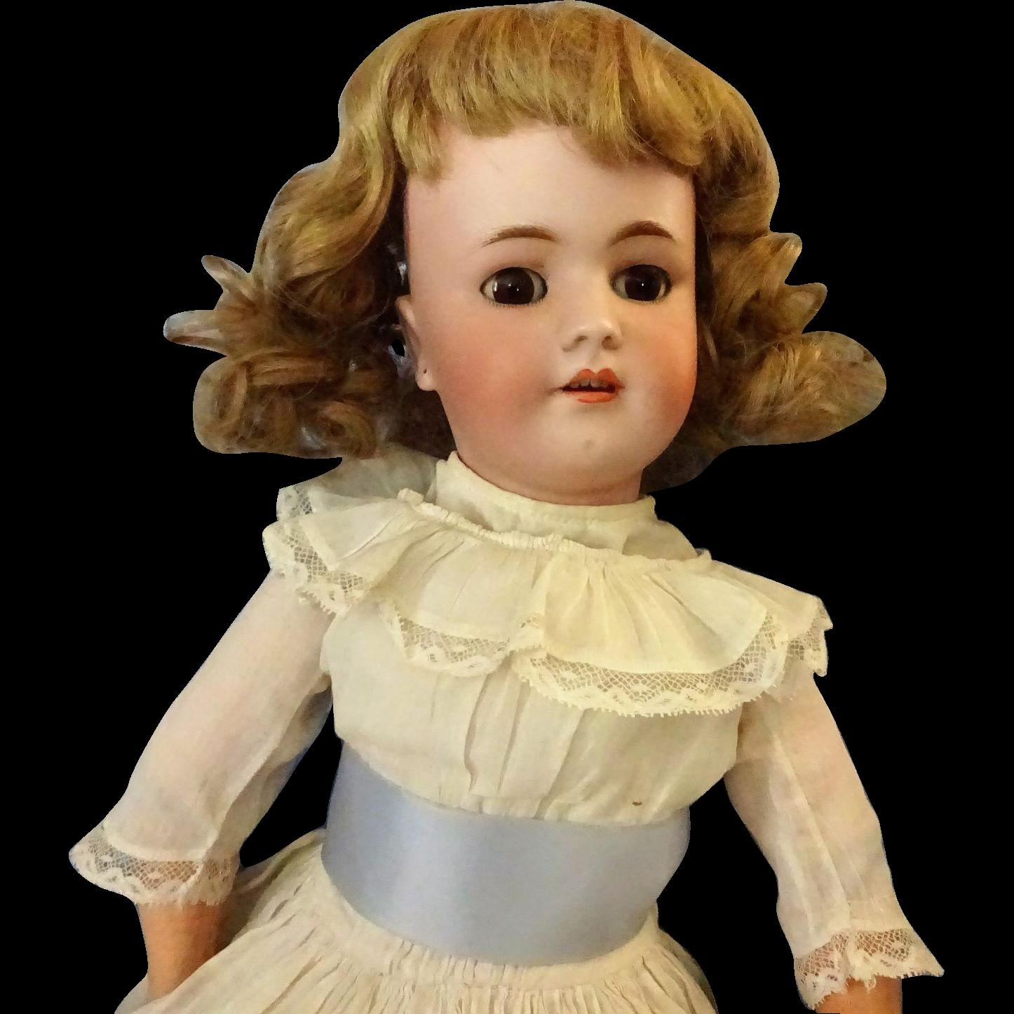 German Heinrich  Handwerk  Simon  Halbig Bisque Doll