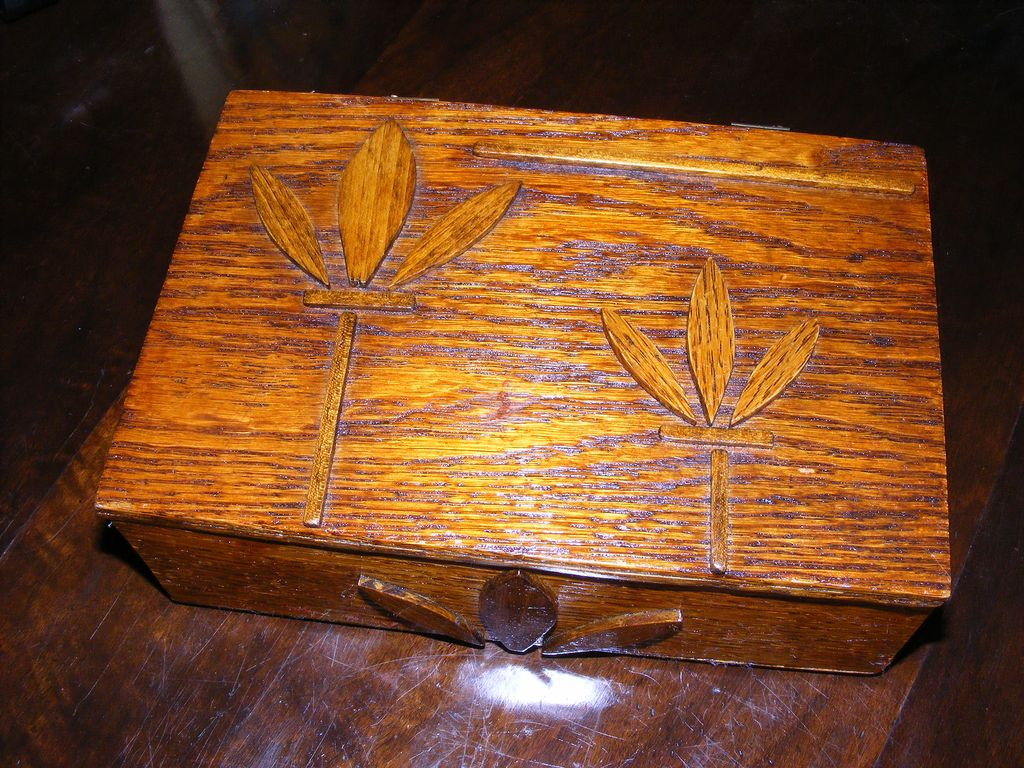 "Hand Made Folk Art Oak Wood Box for ""Mother"""