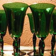 Vintage Set of 10 Emerald Green Cordials