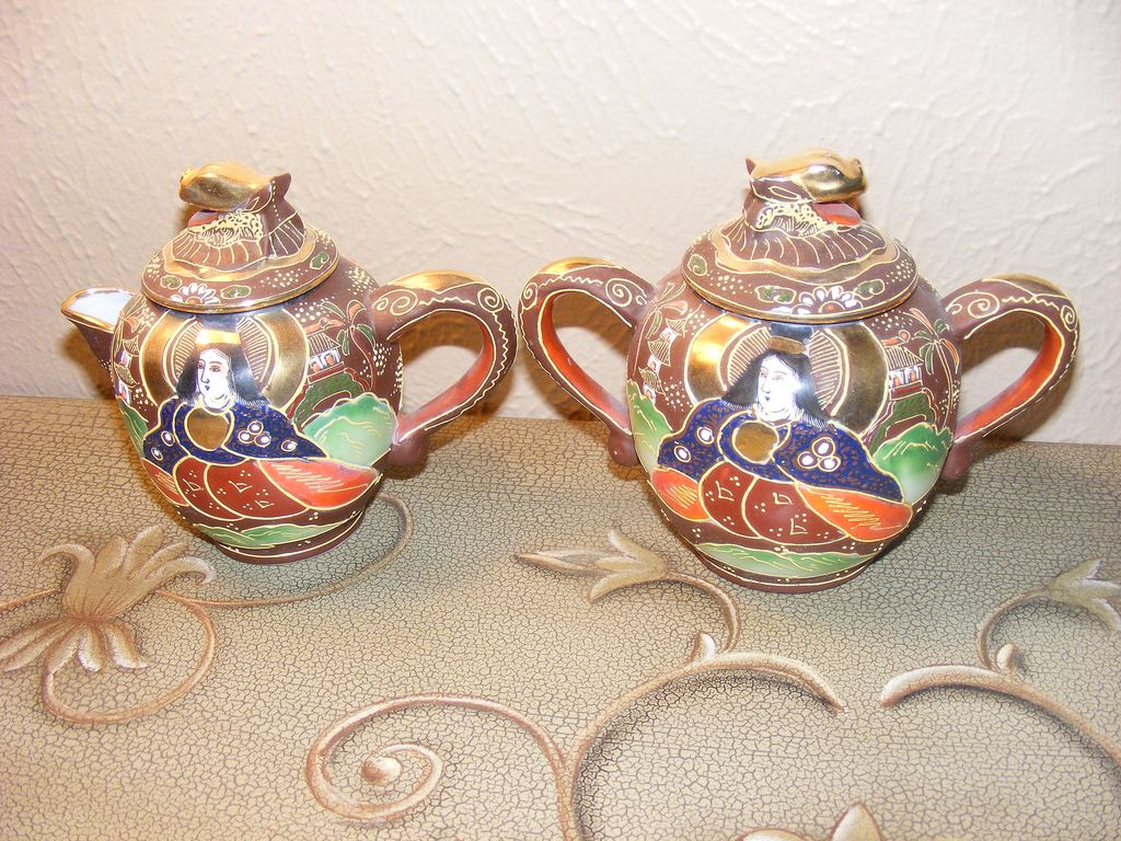 Morimura Brothers (Noritake) Hand Painted Satsuma Tea Pot and Sugar
