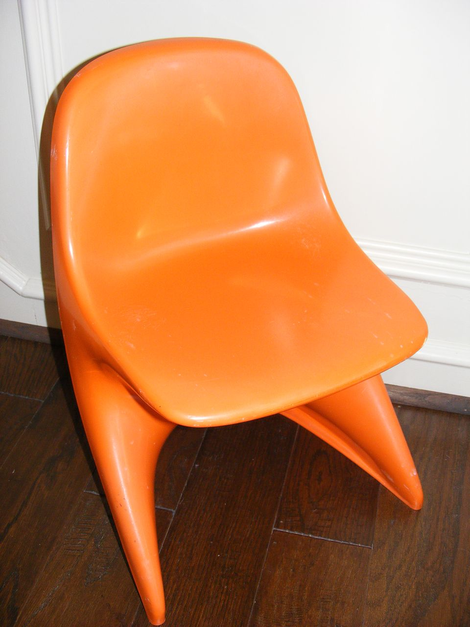 Vintage 1977 Casalino 0 Child's Chair - Orange