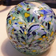 Gentile Glass vintage Paperweight