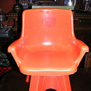 Vintage 1975 Child's Swivel Chair by Empire Toys