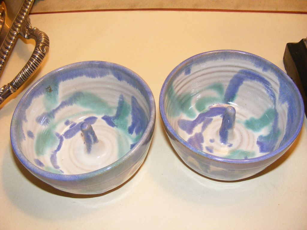 2 Kings Pottery Bowls Hand Made Pottery Signed Apple Bakers