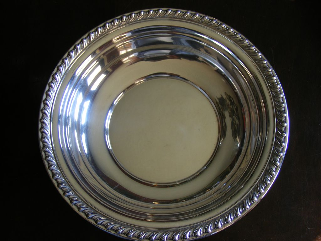 "Wallace Halifax Sterling Silver Serving Bowl 10"" diameter H102"