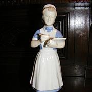 Carl Schneiders Erben / V.E.B. Porzellanfiguren Gräfenthal Porcelain Nurse Figurine