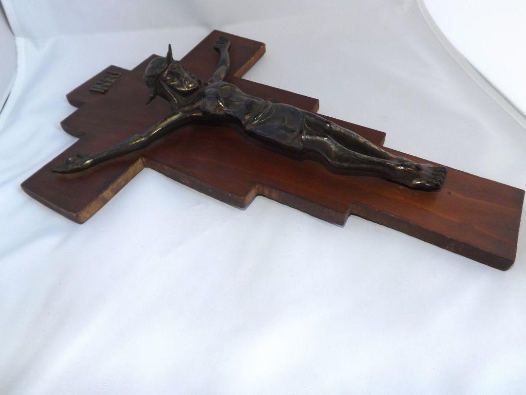 Vintage Crucifix with Cast Brass Jesus