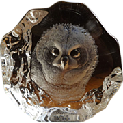 Signed Mats Jonasson Owl Art Glass Paperweight