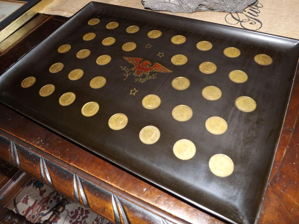 Vintage 1950's Couroc 35 Presidents Coin Serving Tray