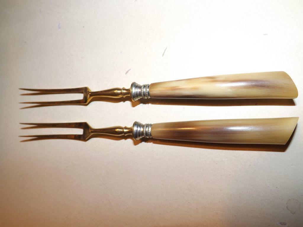 Vintage set of 2 Horn Handle hor d'oeuvres Gold Plated Forks