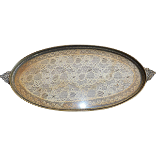 Oval Vanity Tray with enclosed Doily