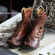 Antique Child's Baby Shoes - 19th Century Leather Boots.