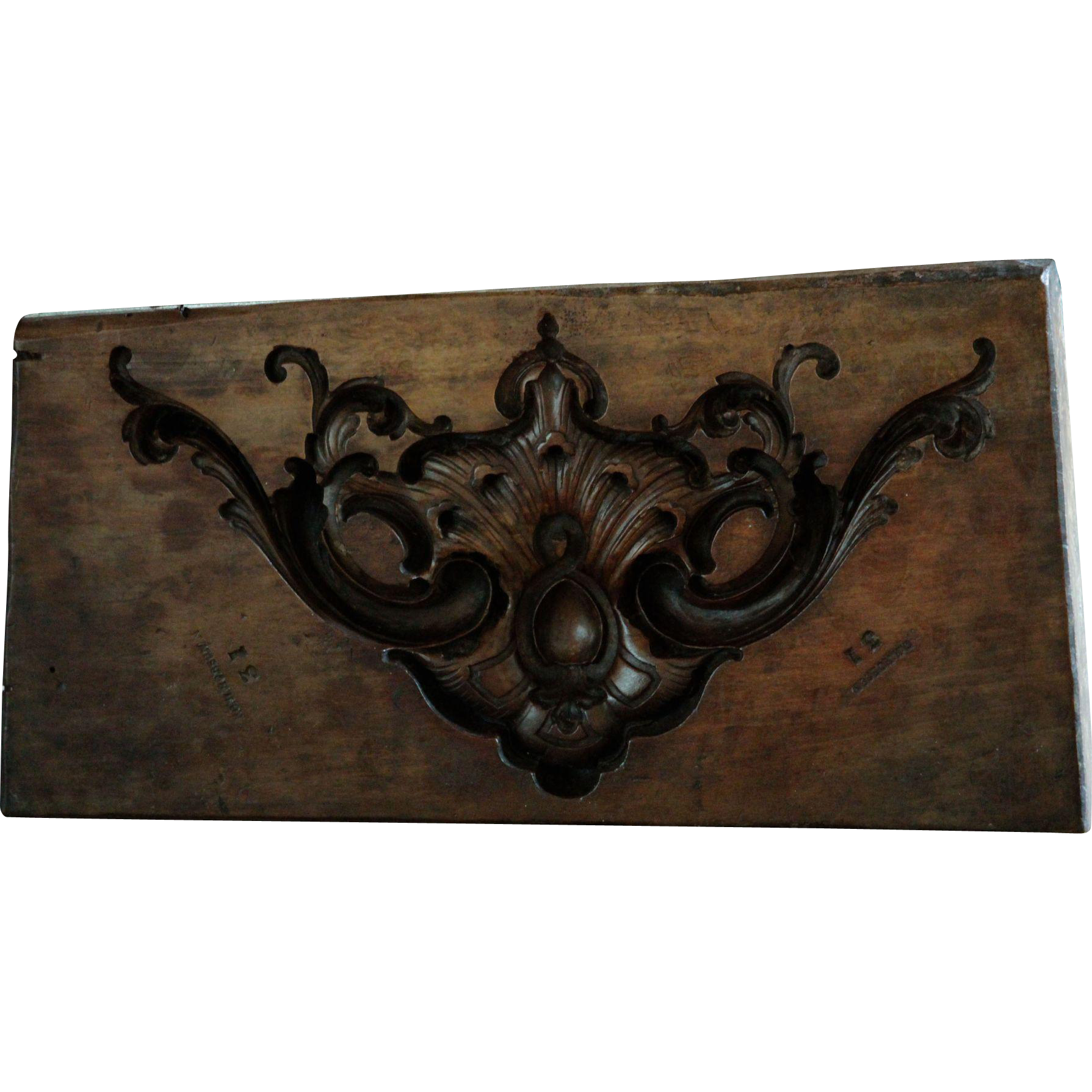 Th century english boxwood carved mold antique wooden