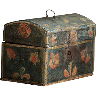 Antique French Painted Folk Art Bride's Dome Box - SMALL c.1800 Paint Decorated Box