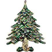 Wonderful Vintage Christmas Tree Pin - Signed CAPRI - Book Piece