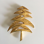 Wonderful Classic Vintage Christmas Tree Pin - MYLU - Book Piece