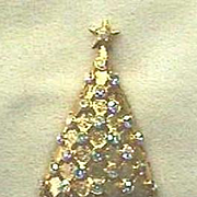 Outstanding Vintage Christmas Tree Pin - Signed - Book Piece
