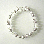 Beautiful Gray Swarovski Pearl/Crystal Bracelet