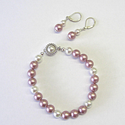 Lovey Swarovski Pearl Bracelet/Earring Set in Rose and White