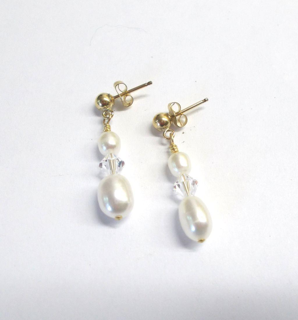 White Freshwater Pearl/Crystal Earrings