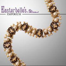 Unique Vintage Reverse-Cut Glass Siamese Bracelet