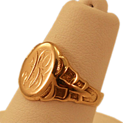 Darling 10K Gold Victorian Signet Ring with Unique Detailing