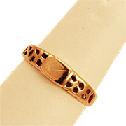 ca 1911 9k Yellow Gold Signet Ring - Unique Design and Sweet