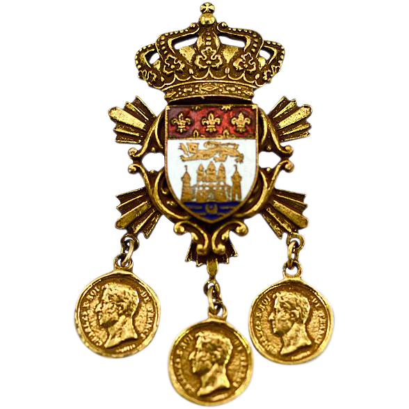 ca 1919-35 Heraldic Vintage Coro Brooch with Castle, Lion, and Fleur de Lis