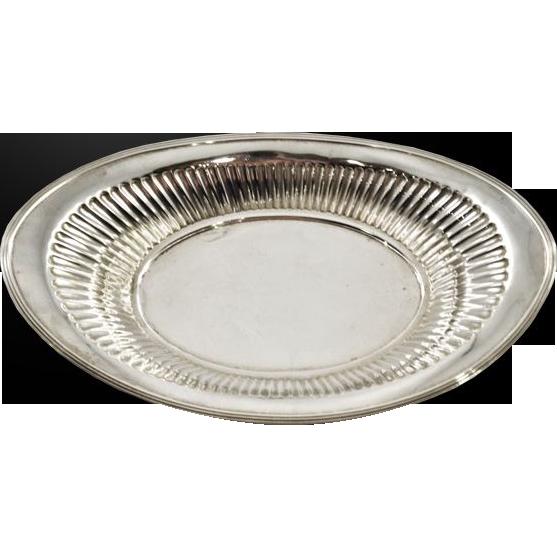 Vintage Meriden Britannia Sterling Silver Dish 168 gms.