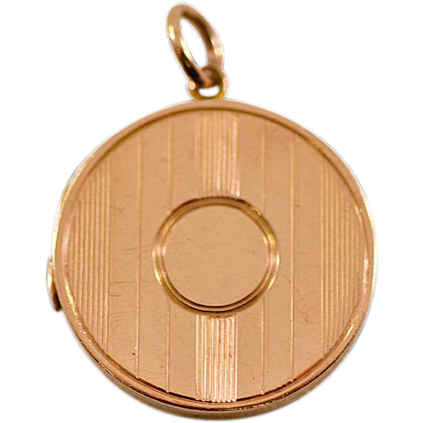 ca 1864 Fully Hallmarked 9-Karat Rose Gold Locket