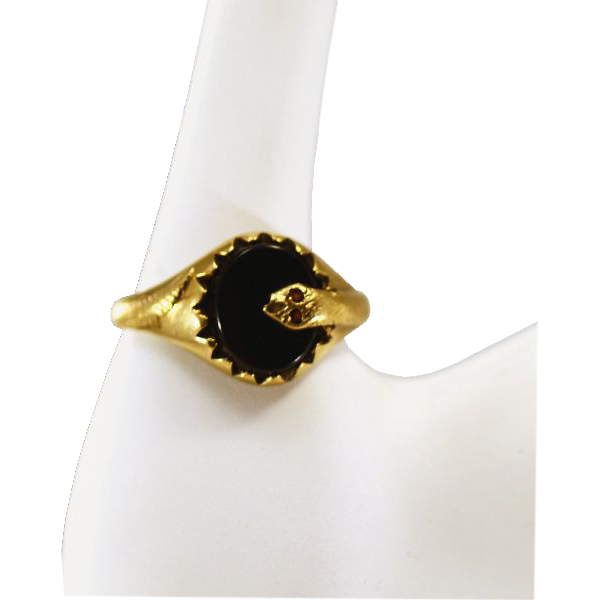 Lovely Vintage 9K Gold and Onyx Ring with Garnet Snake Eyes Fully Hallmarked