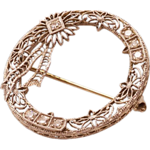 Magnificent Vintage 14K White Gold Brooch With Diamonds