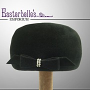 Glamorous 1940s Beaver Fur Hat with Rhinestone Buckle