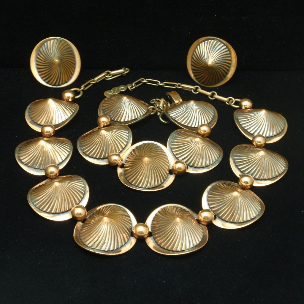 Retro Copper Set Necklace Bracelet Earrings Ribbed Cone Shaped Links