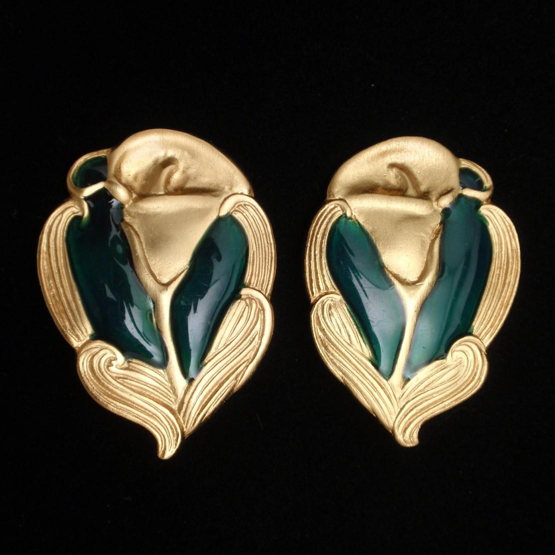 Calla Lily Earrings Gold Tone Dark Green Enamel Vintage Georgiou