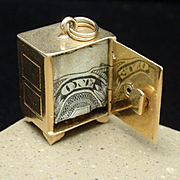 Gold Safe Charm Dollar Inside Vintage 14k Yellow Gold Mechanical Opens