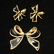 Bow Enhancer Pendant & Earrings Vintage Set KJL Lane for Avon