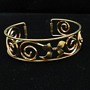 Krementz Cuff Bracelet with Tiny Bow in Open Work Design Vintage