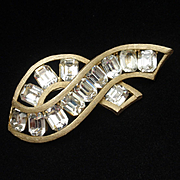 Kramer Rhinestones Brooch Pin Vintage Fly Away Bow