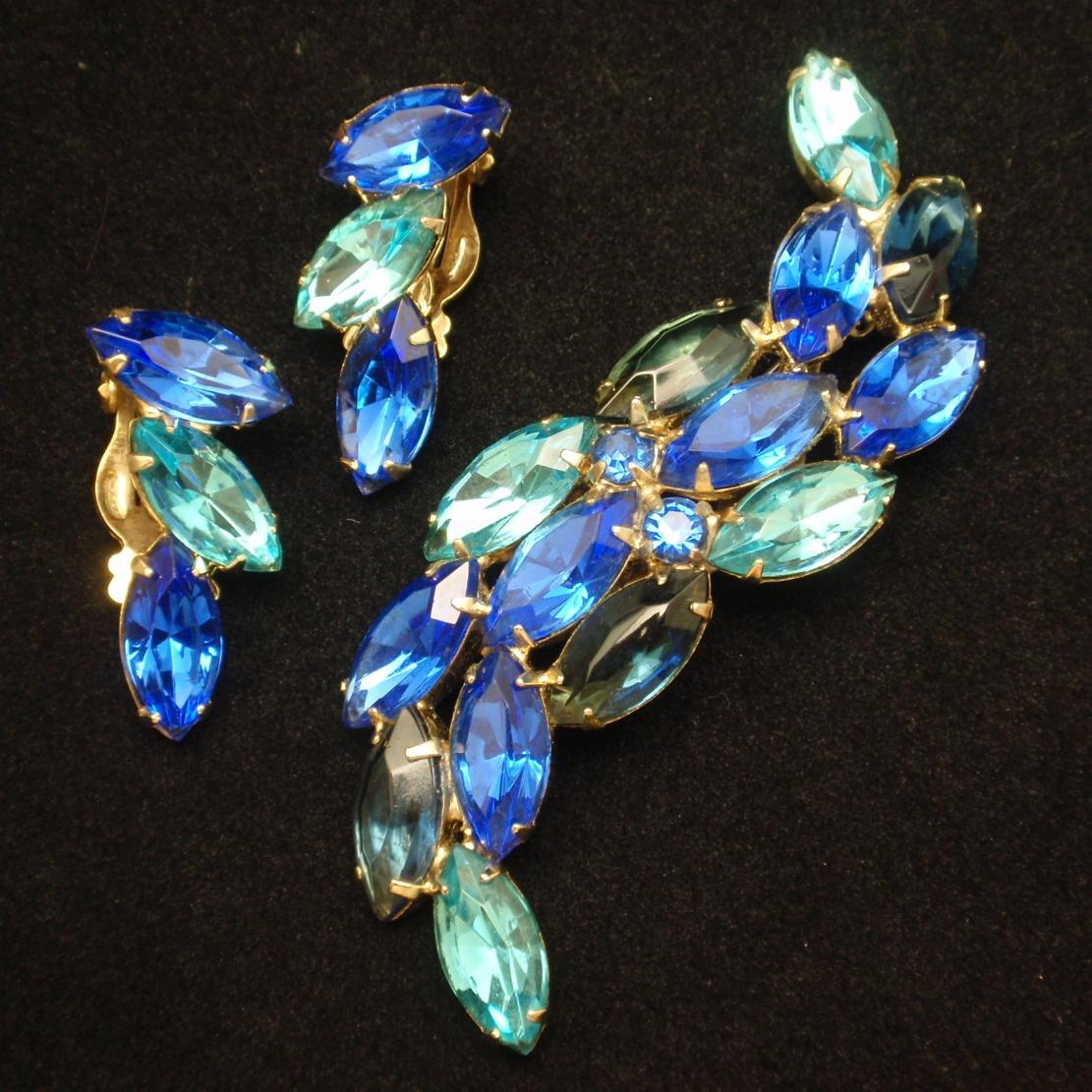 Vivid Blue Rhinestone Brooch Pin & Earrings Set Vintage