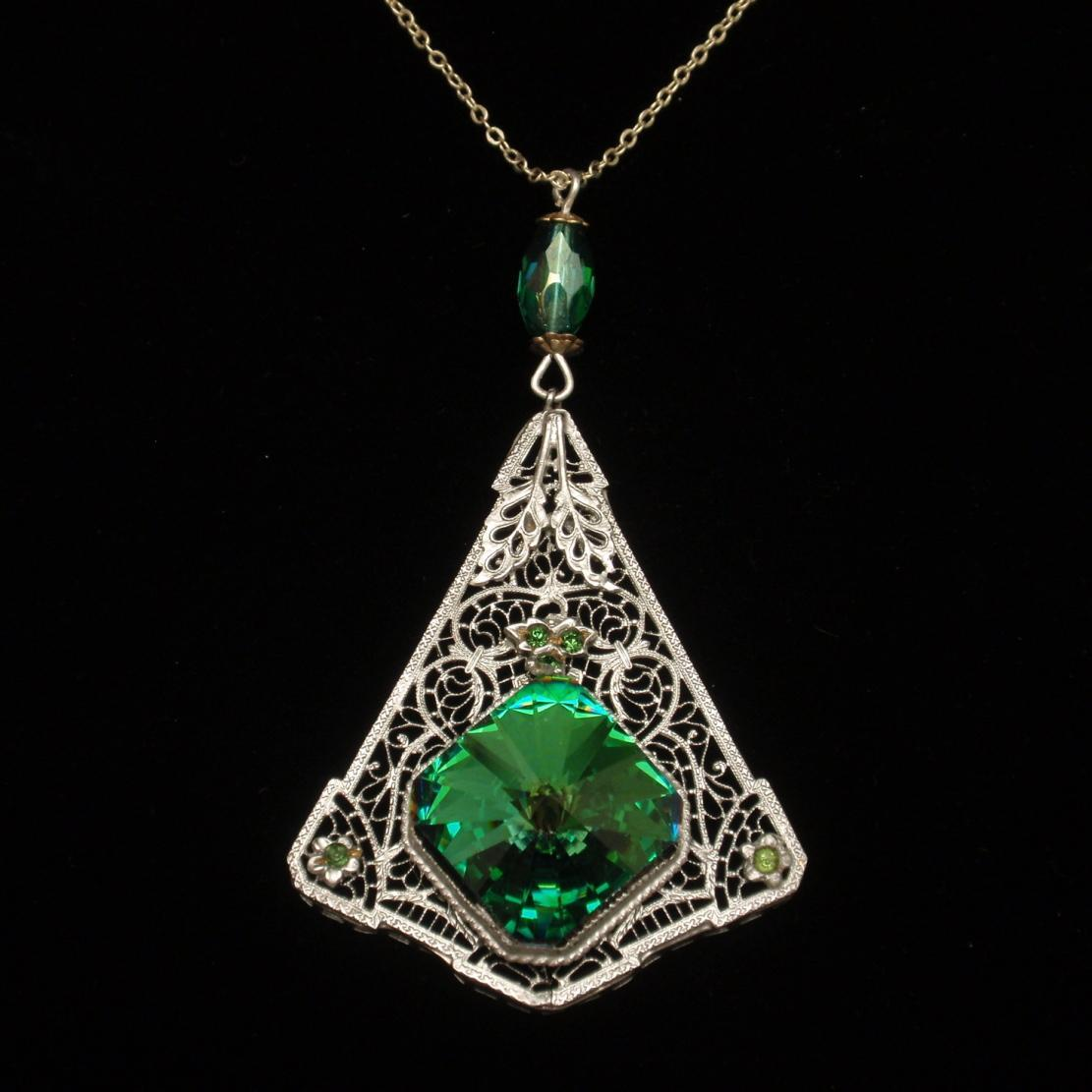 Filigree Pendant Necklace with Foil-Backed Large Stone