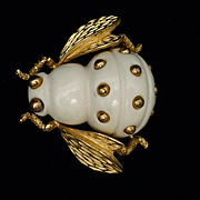 Trifari Insect Brooch Pin Cream Tone Body Bee Fly Vintage
