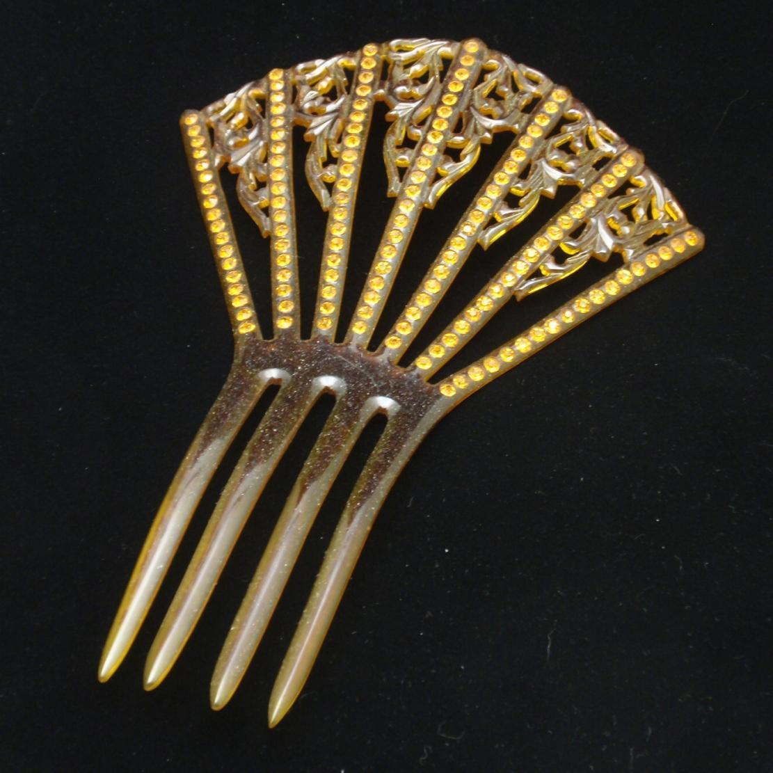 Mantilla Hair Comb with Rhinestones Vintage