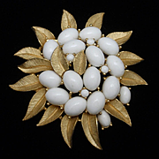 Trifari Brooch Pin Milk White Stones and Gold Tone Metal Vintage