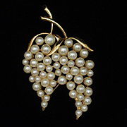 Marvella Imitation Pearls Brooch Pin Vintage