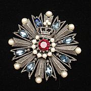 Weiss Heraldic Brooch Pin Pendant Vintage