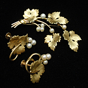 Leaf and Berry Pin and Earrings Set Vintage Krementz