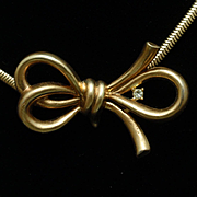 Trifari Bow Necklace with Rhinestone and Serpentine Chain Vintage
