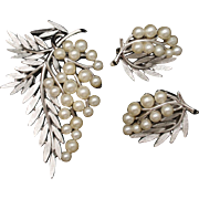 Trifari Set Vintage Pin and Earrings Imitation Pearl Leaf and Berry